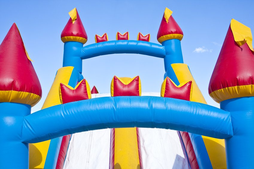 3 Reasons To Rent A Bounce House Instead Of Buying One